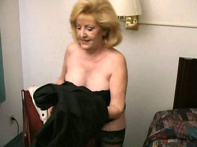 Carnal blonde grandma Pool Fox stripping and hot airing her sensuous decolletage