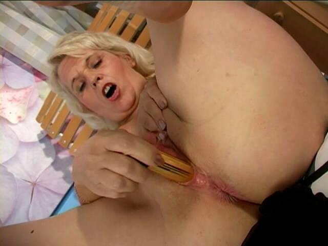 Uninhibited blonde granny Leona breadths stumps and masturbates her soaked openinged