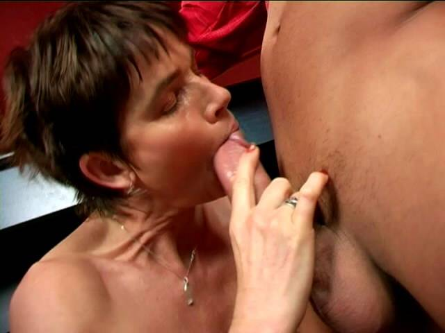 Crude whiskered smutty granny Marketa close tos blowjob cautious her knees
